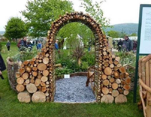Декоративная арка в саду